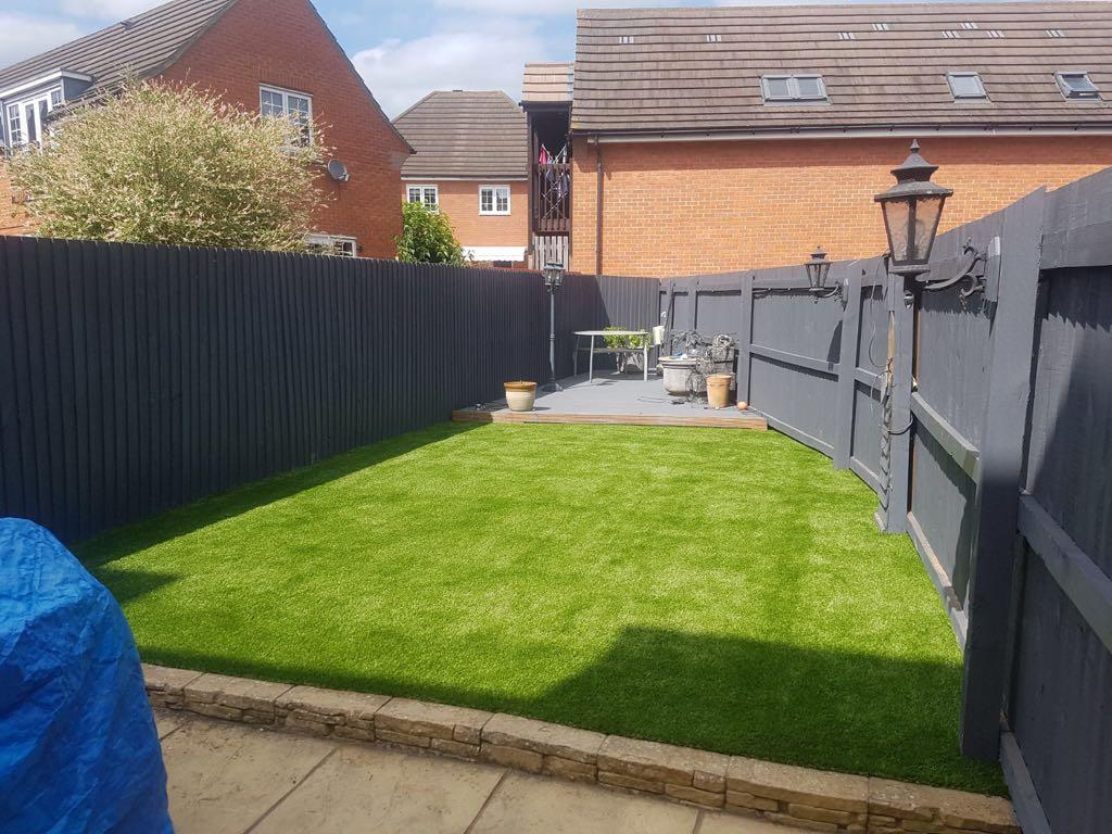 Artificial grass installers Wellingborough
