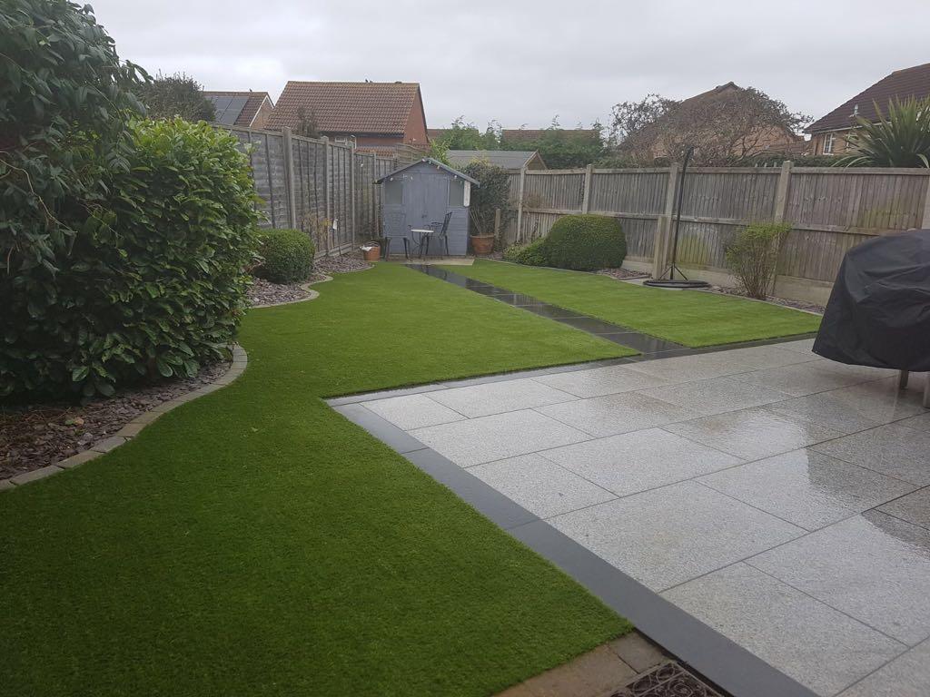 Landscaped garden with artificial grass installation | Bedford Bedfordshire