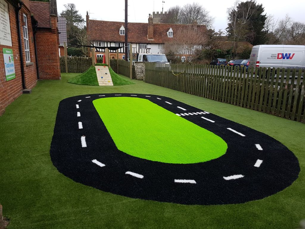 Artificial grass for schools | Bedford Bedfordshire