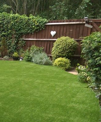 Artificial grass installers Bedfordshire