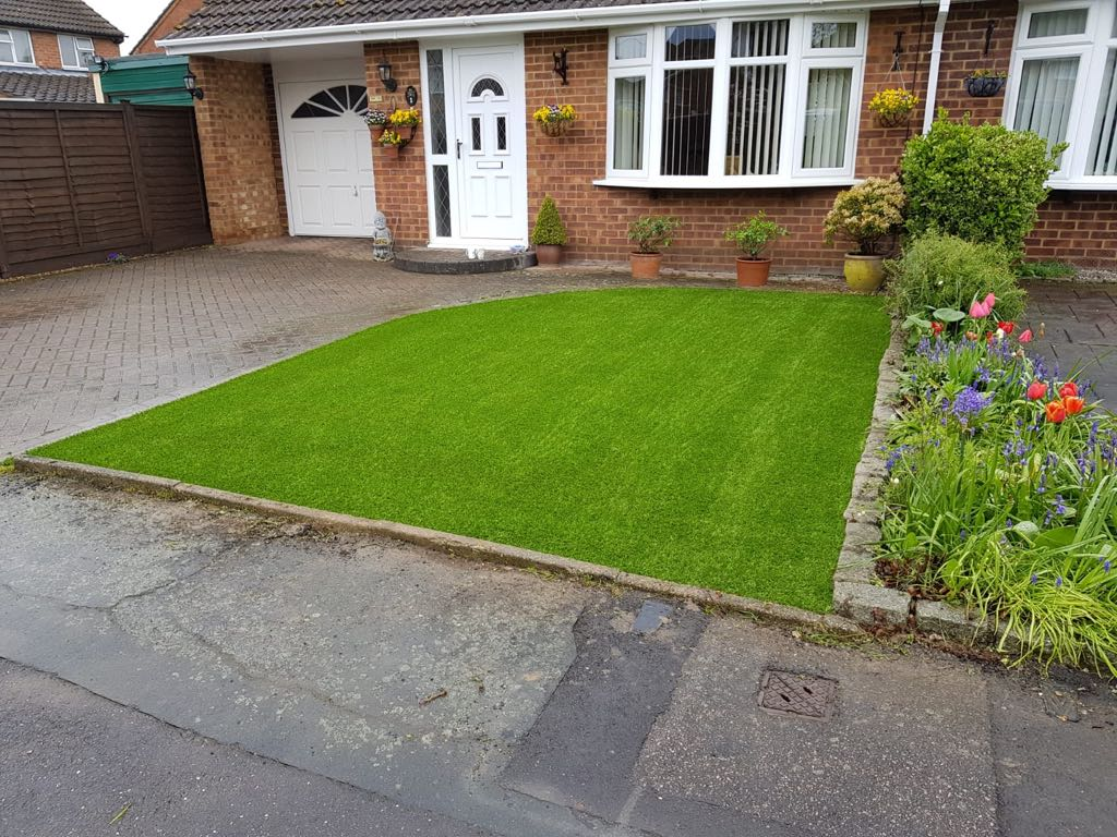 Artificial grass install Caddington