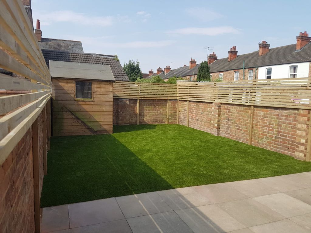 Artificial grass Northampton | Artificial grass installers